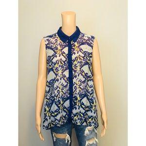 W118 by Walter Baker blue print sleeveless blouse